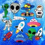 เอเลี่ยน ยูเอฟโอ มนุษย์อวกาศ จรวด - ตัวรีด (Size M)