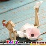 ตุ๊กตาเรซิ่นห้อยขาสาวน้อยเชิงเทียน เชิงเทียนแบบน่ารักๆ ขนาด 8*13.5 cm.